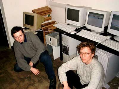 3DNews 1999-угол в офисе Public.ru